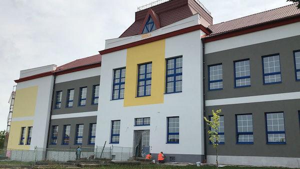 2d9bd292858 MANIPULACE  Za nepovedenou rekonstrukci základní školy může Evropská ...